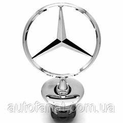 Оригинальная эмблема на капот Mercedes-Benz (A2218800086)