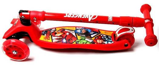 Самокат Maxi Scooter Disney Супер Герои Marvel Avengers с наклоном руля складной ручкой, фото 3