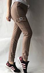 Спортивные брюки с накладными карманами N° 125 бежевый