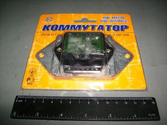 Коммутатор бесконтактной системы зажигания ВАЗ 2110, 2111, 2112 с электронным тахометром (СовеК). 179.3734