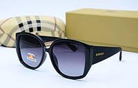 Солнцезащитные женские крупные очки  копия Burberry 2020 черные