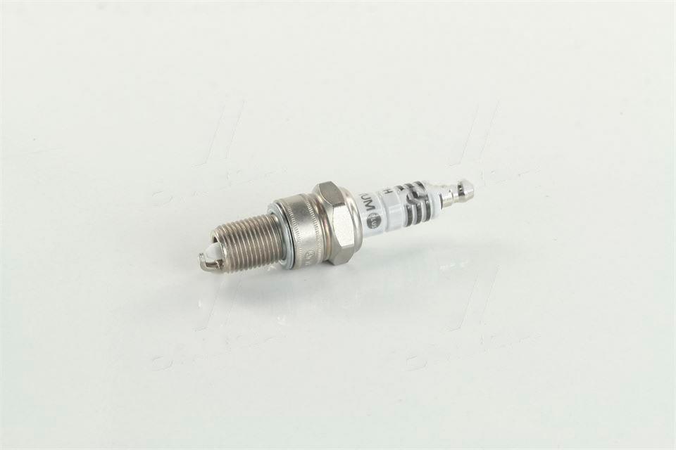 Свеча зажигания BOSCH WR7DP ВАЗ 2110, 2111, 2112-10 Platin (Германия). 0 242 235 541