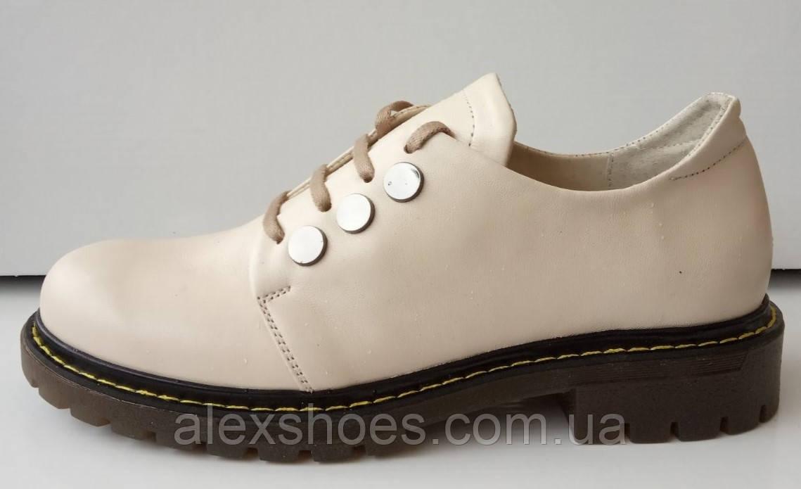 Туфли женские на низком каблуке из натуральной кожи от производителя модель ДИС-К7