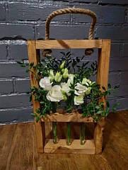 Деревянная рамка для цветов на 3 колбы
