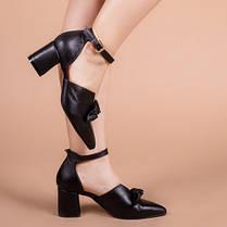 Туфли женские с закрытым носком на каблуке ремешком и бантом размеры 36-41, фото 2