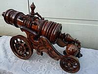 Пушка деревянная для вина на 3 литра темная, резьба, ясень, дуб