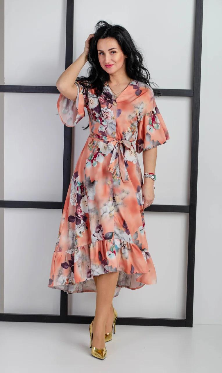 Молодежное летнее платье с вертикальной застежкой на пуговицы
