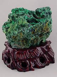 Малахит зелёный образец камня в единичном экземпляре размер 130x140x110 вес 1860 грм
