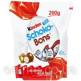 Kinder Schoko Bons Конфетки в виде мини яиц из молочного шоколада со сливочной начинкой и дроблённым фундуком