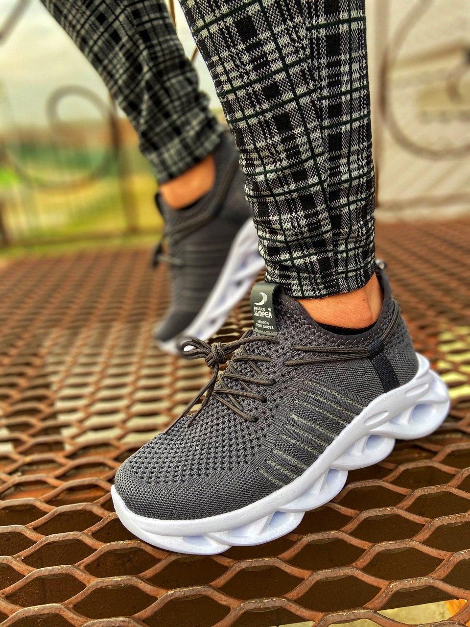 Мужские кроссовки серые сетка MJ 02