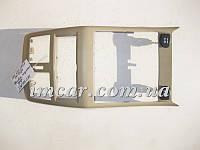 Облицовка подлокотника задняя с двумя розетками 12V бежевая ML W166 GL X166 A1666803907 8N84