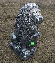 Садовая фигура Львы со щитами серебро большие 83 см, фото 3