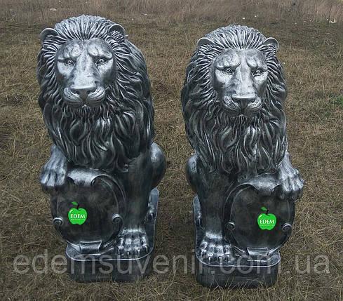 Садовая фигура Львы со щитами серебро большие 83 см, фото 2