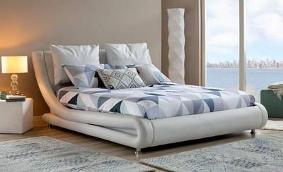Кровати и Подиумы