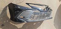 Бампер передний с нижней решеткой 53102-33220 БУ CAMRY 18- (V70)