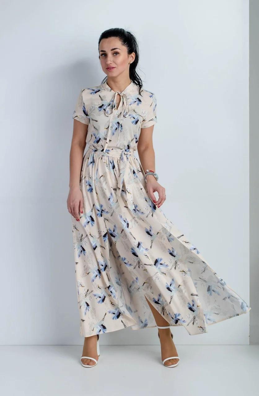 Платье летнее с разрезами кремовое