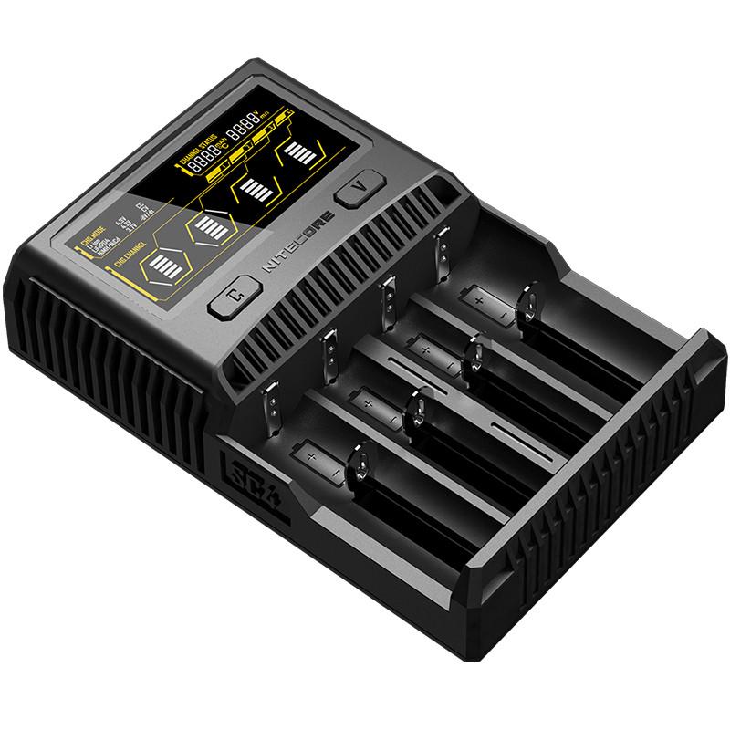 Зарядний пристрій Nitecore SC4 з LED дисплеєм (0.5 A, 1A, 2A, 3A)