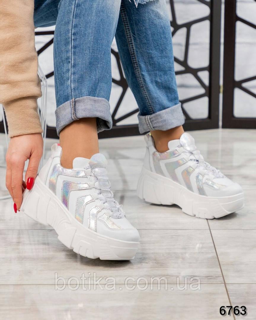 Стильные женские кроссовки кожаные белые