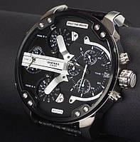 Мужские наручные часы Diesel Brave серебристые