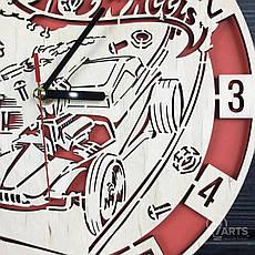 Оригинальные настенные часы из дерева «Hot Wheels», фото 2