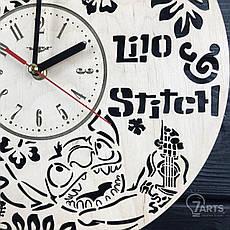 Настенные часы из дерева в детскую «Лило и Стич», фото 2