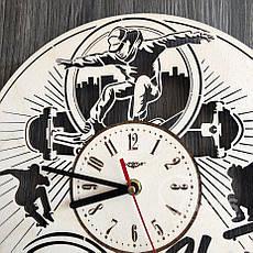 """Круглые часы из дерева на стену """"Скейтбординг"""", фото 2"""