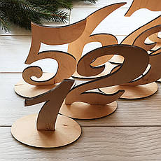 Стильные номерки на стол из дерева, фото 3