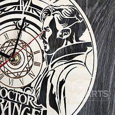 """Настенные часы из дерева в интерьер """"Доктор Стрэндж"""", фото 3"""