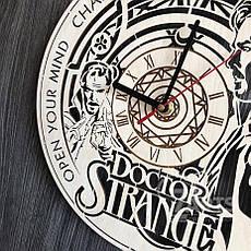 """Настенные часы из дерева в интерьер """"Доктор Стрэндж"""", фото 2"""