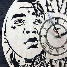 Бесшумные настенные часы из дерева «Кевин Гейтс», фото 3