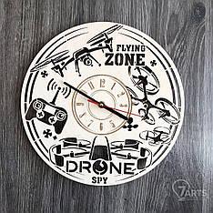 Концептуальные часы из дерева на стену «Дроны»