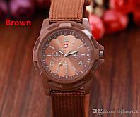 Мужские армейские наручные часы Swiss Army brown