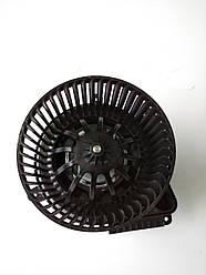Моторчик печки MB Vito (W638) (8323) — AutoTechteile — 100 8323