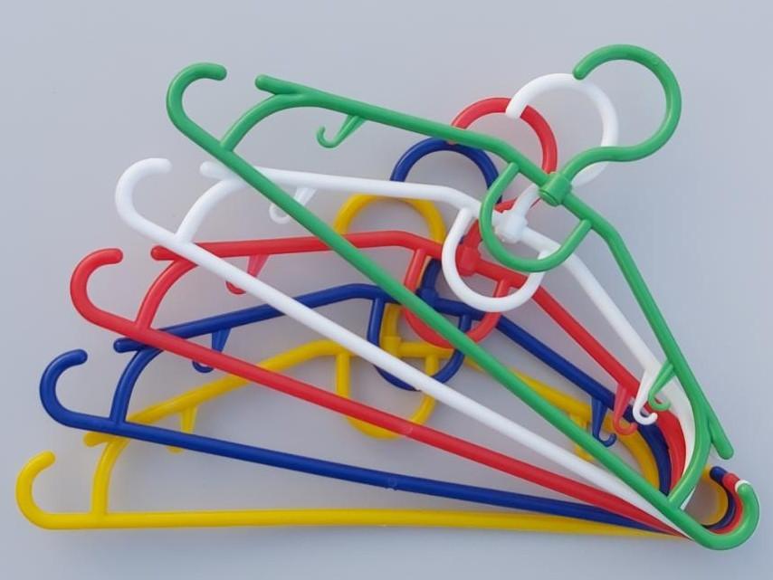 Длина 32 см. Плечики детские пластмассовые V-D32 разные цвета, 10 штук в упаковке одного цвета