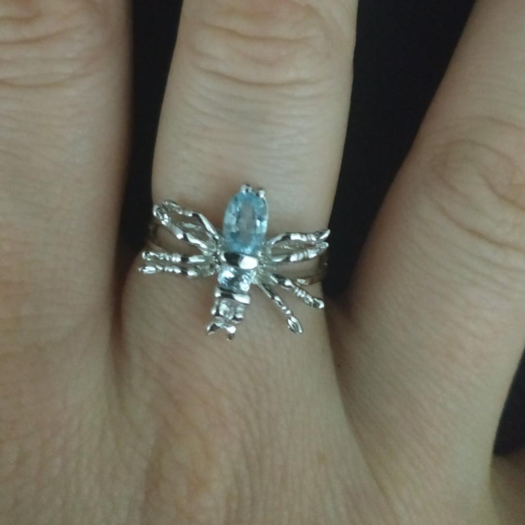 Серебряное кольцо с ''Паук'' с голубыми топазами