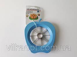 Яблокорезка пластмассовая 13*14 cm. (рабочая часть d 9,5 cm.)