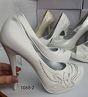 Белык туфли  высокий каблук,красная подошва, фото 1