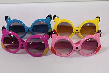 Яскраві дитячі сонцезахисні окуляри 1 шт