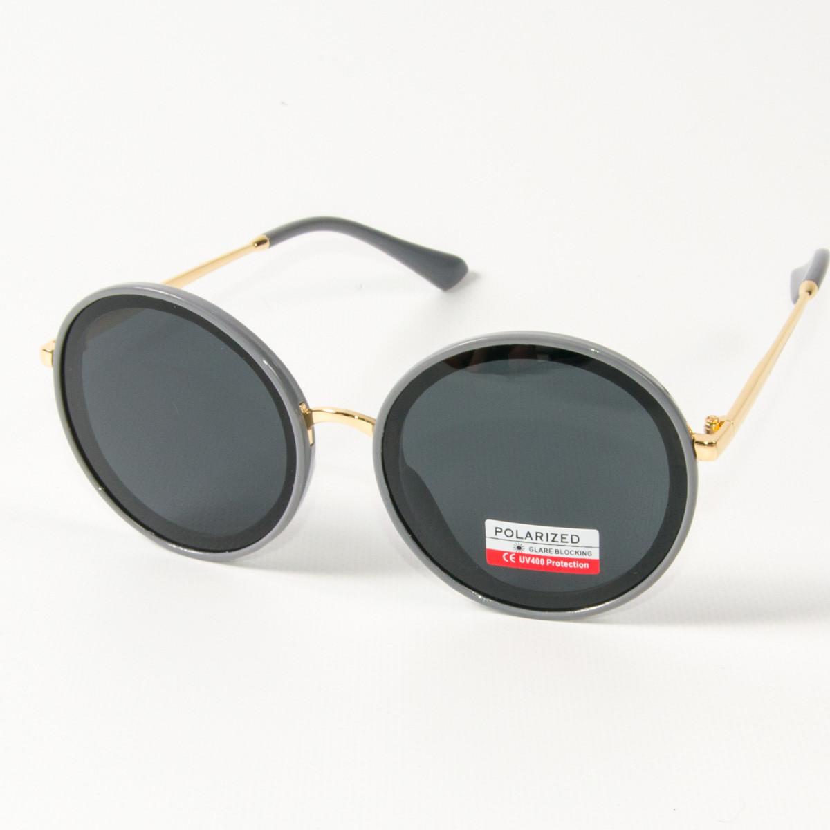 Оптом женские солнцезащитные поляризационные круглые очки  (арт. PCB77/4) с серой оправой