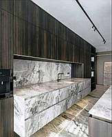 Кухни с каменным фасадом