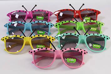 Дитячі сонцезахисні окуляри метелик з вусиками 1 шт.