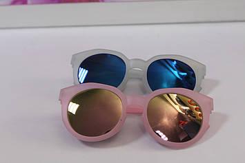 Дитячі сонцезахисні окуляри рожеві і блакитні 1 шт.