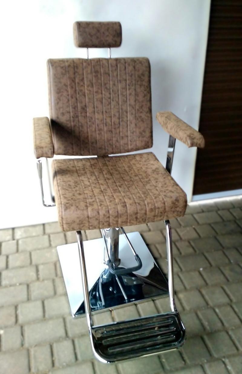 Мужское парикмахерское кресло  Barber Samuel (Самуель)