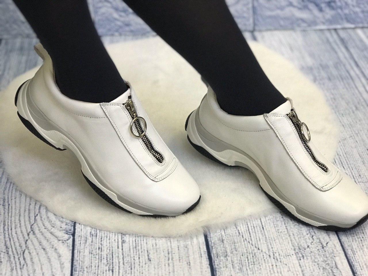 Белые кожаные кроссовки без шнурков на молнии женские весна лето осень кожа или замш размеры 36-41