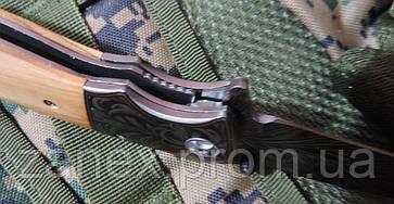 Складной нож с гравированным клинком. Полуавтоматический нож охотничий. , фото 2