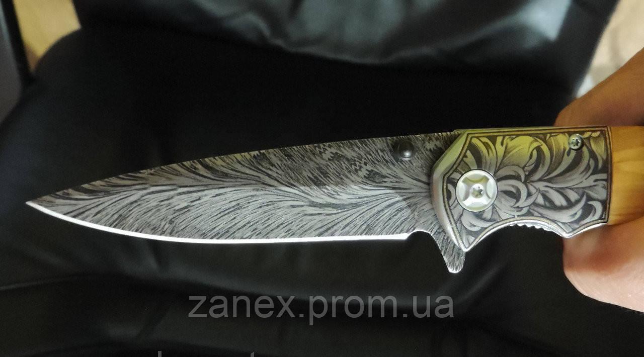 Складной охотничий нож Conmin. Полуавтоматический нож с гравировкой.