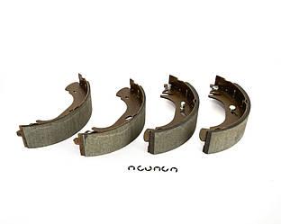 Барабанні гальмівні колодки (задні) Renault Master II 1998->2001 — т колодок гальмівних передніх (Німеччина) - 16-145330006