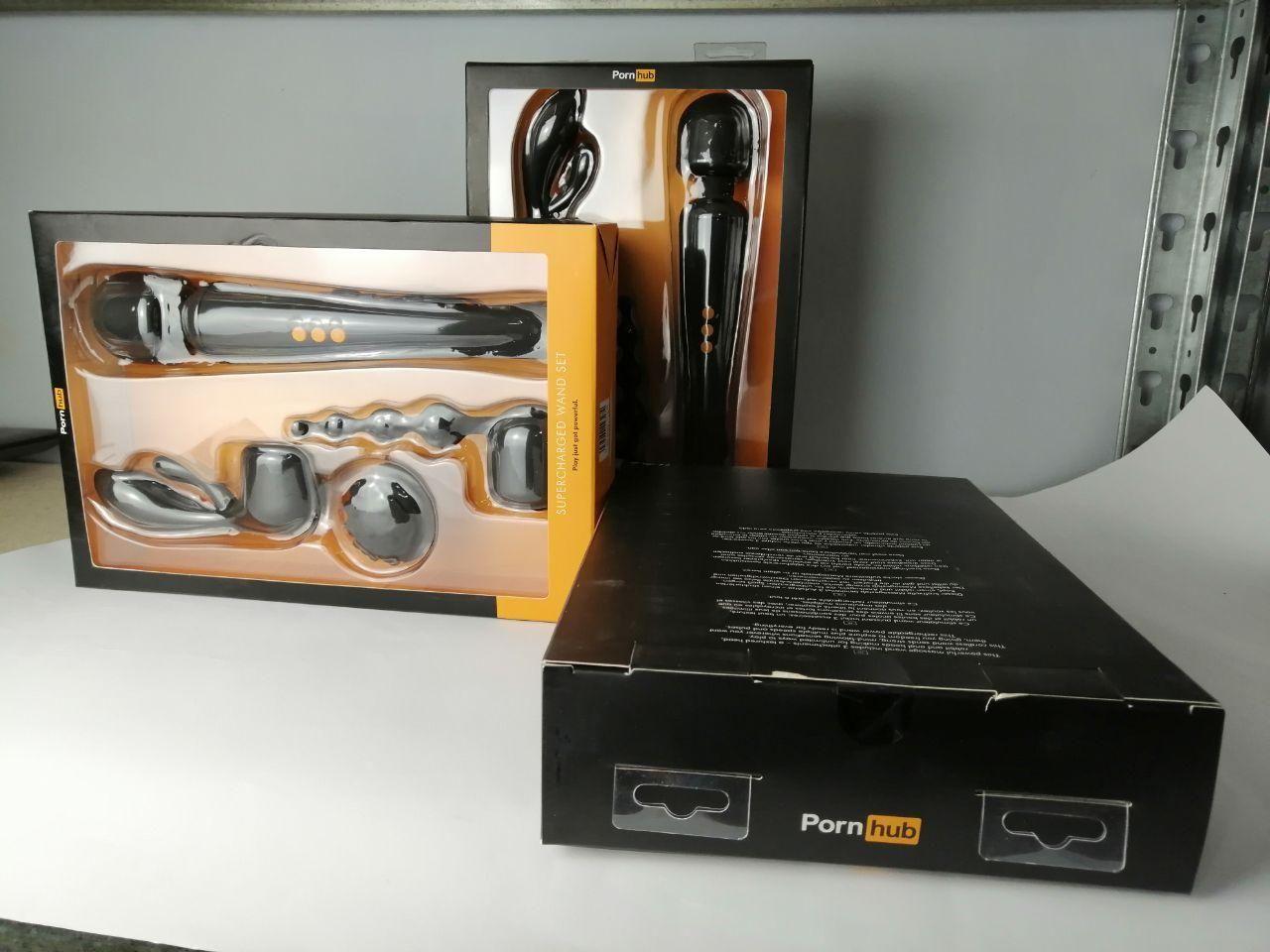 Вибромассажер с насадками Pornhub Supercharge Wand Set (незначительные дефекты упаковки)