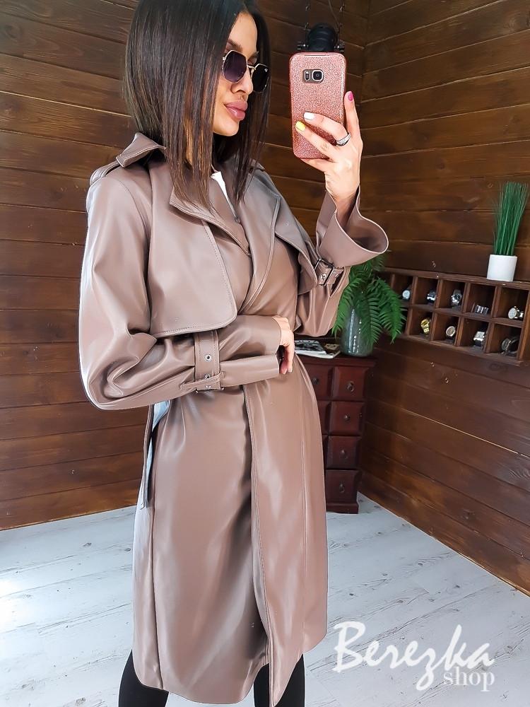 Кожаный женский тренч на запах с отложным воротником и ремешками на рукавах 66pt272Q