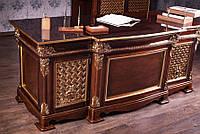 Элитный стол Геральд для руководителя из массива дерева